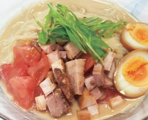 豚バラ肉とトマトのごまだれ冷麺 9月限定850円