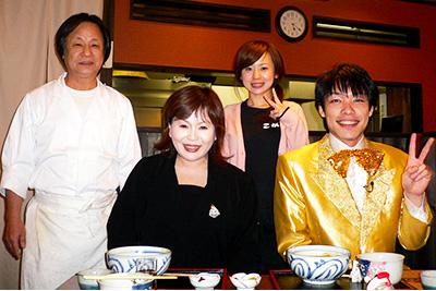 今夜はえみぃ~GO!!の取材で松屋町店のカレーうどんを食べに来てくださった上沼恵美子さん・麒麟川島さん