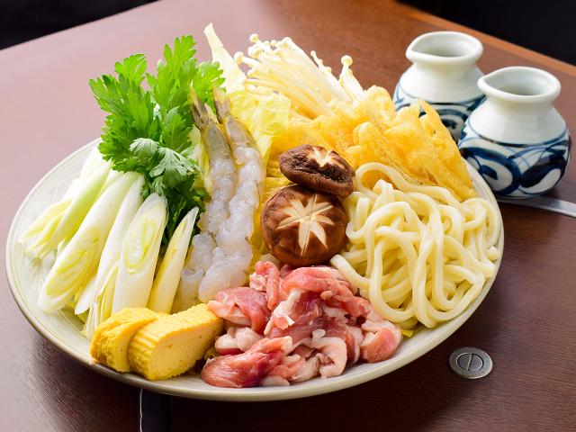うどんすきセット(調理前)