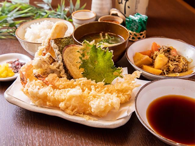 天ぷら弁当(味噌汁と天ダシ付き)