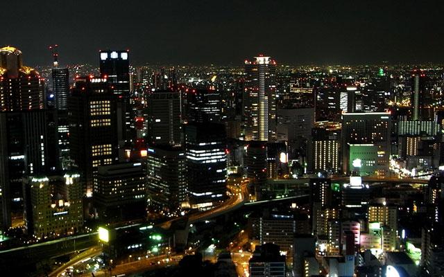 夜の大阪中心地区