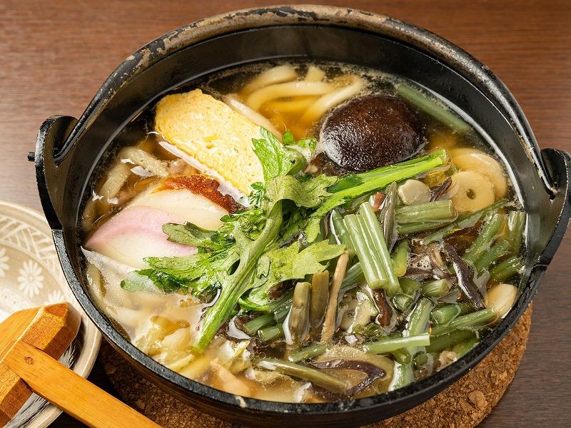 山菜鍋焼きうどん